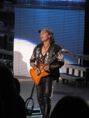 Scorpions lead guitarist Matthias Jabs: He be jabbin'.