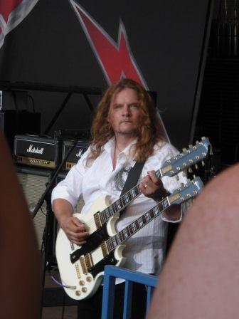 Tesla guitarist Frank Hannon
